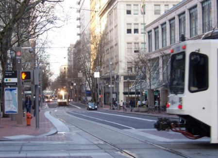 Portland 5th Ave. transit mall. Photo: L. Henry.