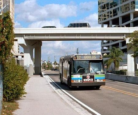 Miami-Dade County Busway. Photo: Jon Bell.