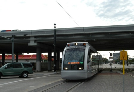 MetroRail passing under I-45. Photo: Peter Ehrlich.
