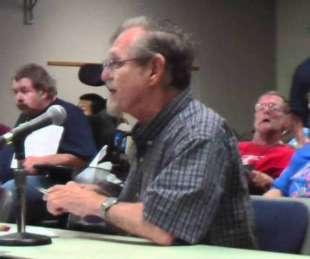 Roger Baker speaks to CAMPO committee, 14 Nov, 2011. Screengrab from YouTube video by Winter Patriot.