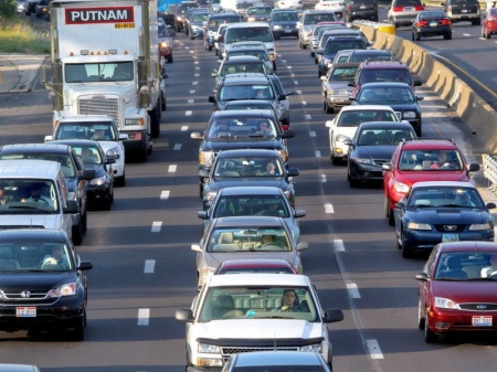 Project Connect's Highland-Riverside alignment would have negligible impact on I-35 congestion. Photo via Austin.CultureMap.com.