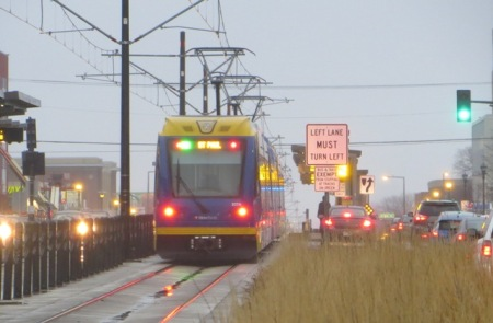 Green Line alignment in median of University Avenue. Photo: L. Henry.