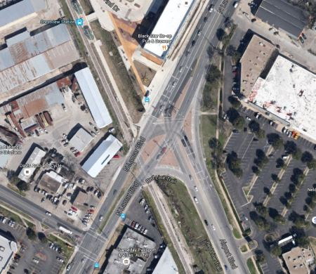 Aerial view of complex intersection of North Lamar with Airport Blvd. and Red Line alignment. Graphic: Google Earth. (Click to enlarge.)