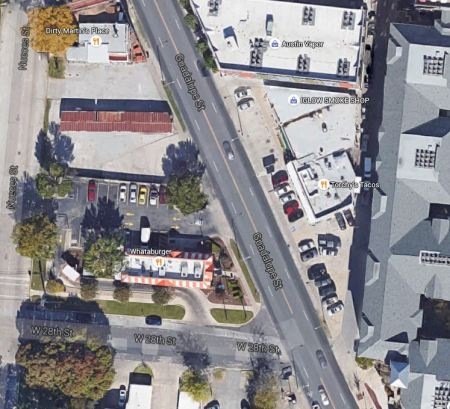 Aerial view of most constricted section of Guadalupe-Lamar corridor, between 24th-29th St. Graphic: Google Earth. (Click to enlarge.)